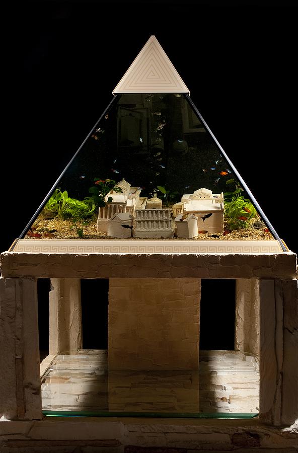 פירמידה מיוחדת לפי הזמנה